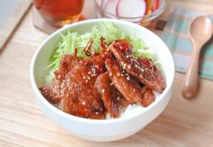 大豆まるごとミートバラ肉タイプの甘辛豚バラ丼